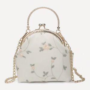 Floral decor kisslock chain bag